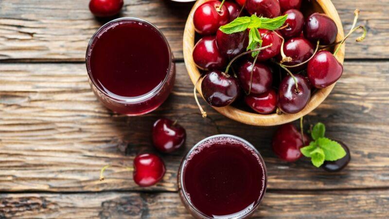 Терпкий вишневый сок