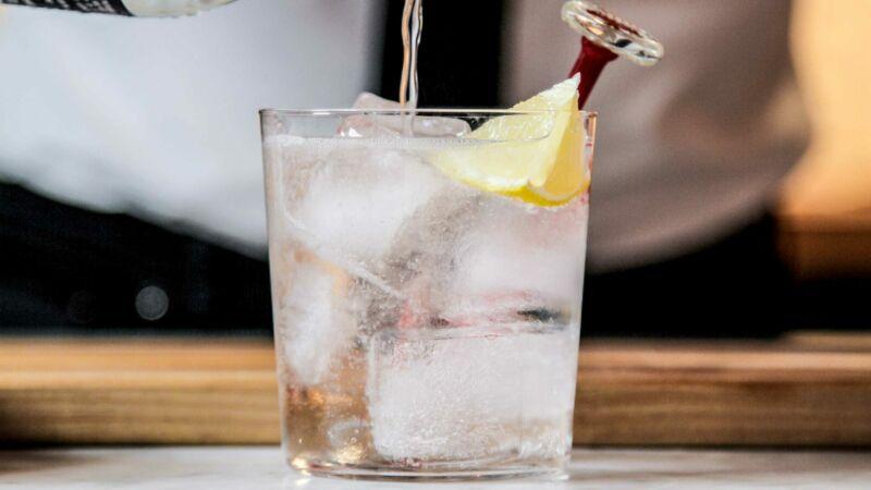 Водка газированная с лимоном