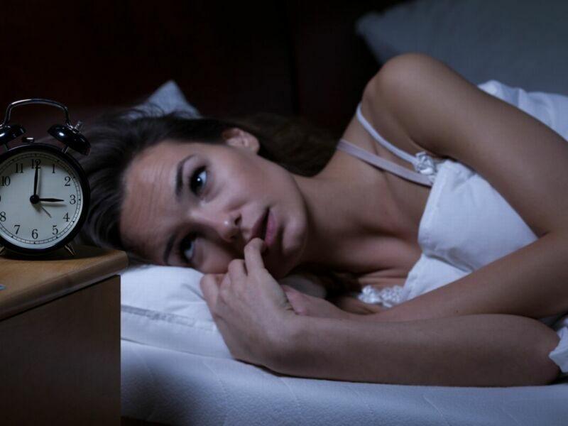 8 простых привычек для похудения перед сном