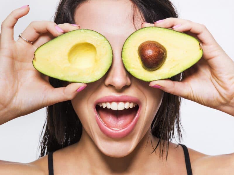 Почему авокадо полезны как для похудания, так и для набора веса