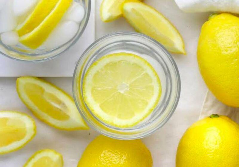 Можно ли похудеть с помощью воды с лимоном? Вот что вам следует знать по мнению диетологов