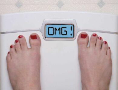 Как игнорирование весов может помочь вам похудеть?