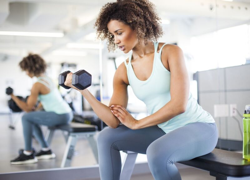 Делайте эту силовую тренировку всего 3 раза в неделю, чтобы максимально эффективно сжигать жир