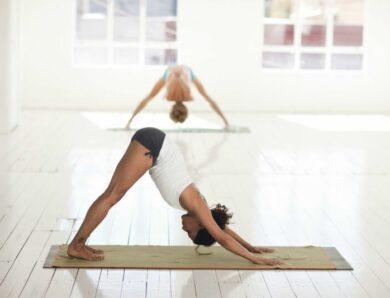 Эксперты сходятся во мнении: йога может помочь вам похудеть, особенно если вы занимаетесь этим типом практики