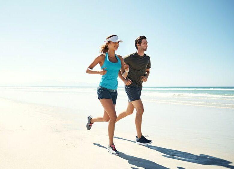Почему я бегаю и не теряю жир на животе? Эксперты делятся 9 распространенными ошибками
