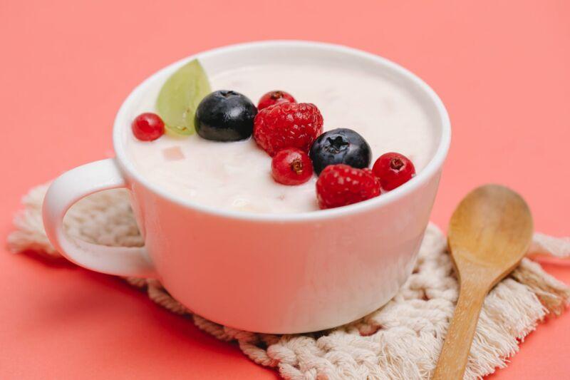 Лучший йогурт для похудения: низкокалорийные кальциевые бомбы, которые нужно искать